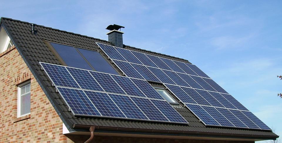 sistemele cu panouri solare